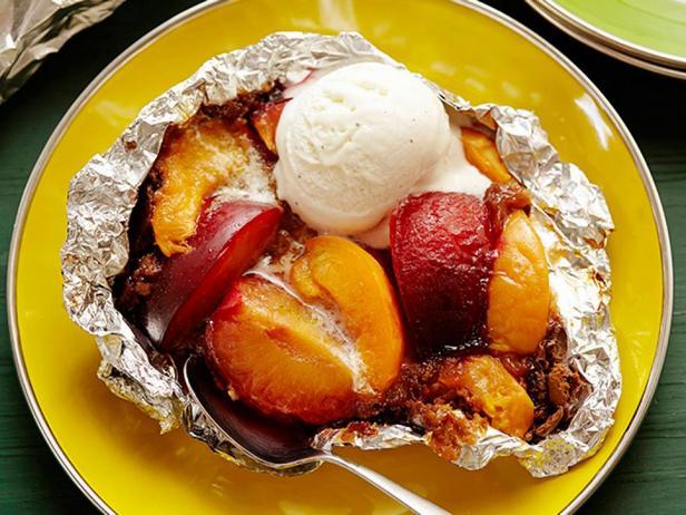 Печёные фрукты в фольге