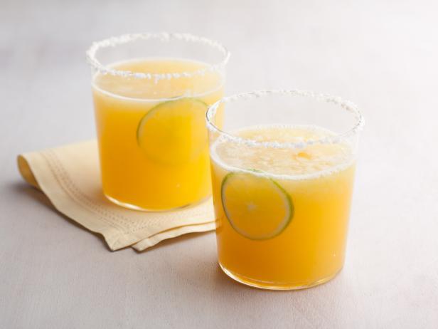 Фото Алкогольный коктейль «Маргарита» с апельсиновым соком