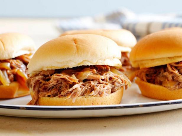 Сэндвичи со свининой в мультиварке