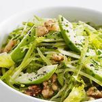 Салат из стручкового горошка и авокадо