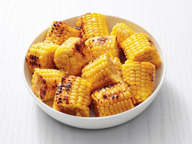 Фото Кукуруза в початках с лимонным перцем на гриле