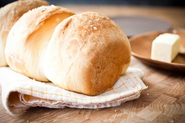Фото Белый хлеб в духовке