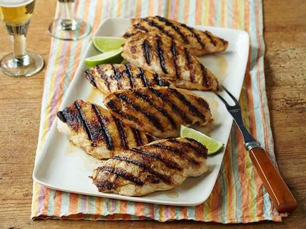 Куриные грудки на гриле, маринованные в текиле с лаймом