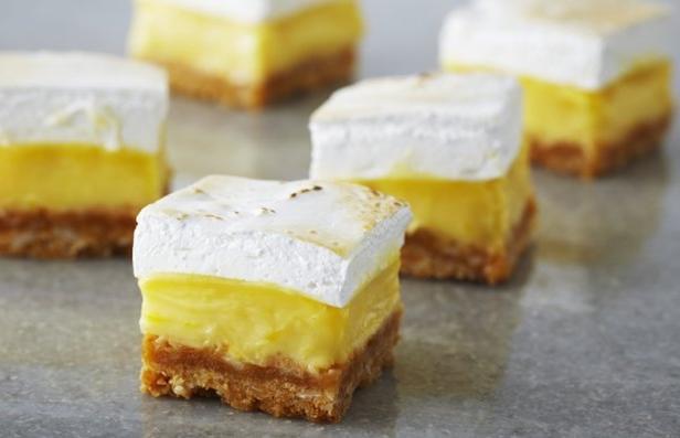 Фото Пирожные «Лимонная плитка» с маршмэллоу