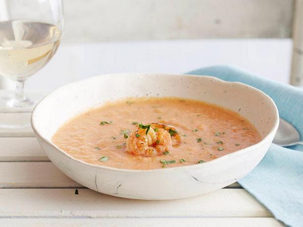 Фото - Суп из печеных томатов с кисло-сладкими креветками