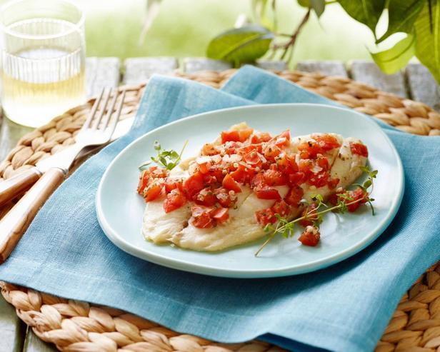 Фото - Тилапия с овощами в фольге в духовке