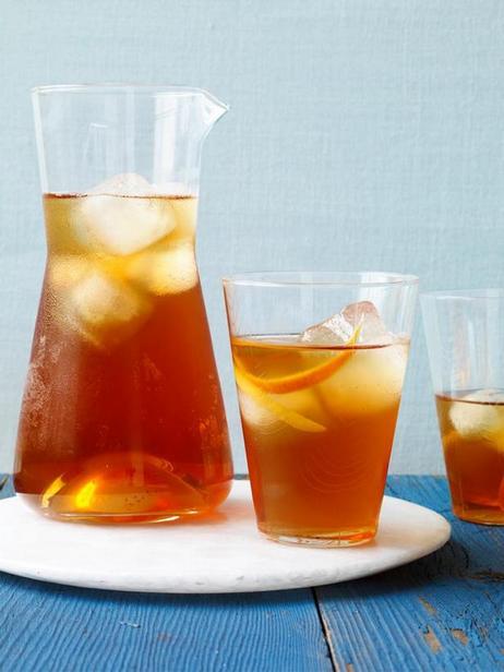 Фото - Холодный чай с джином и кардамоном