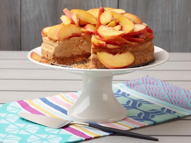 Фото Чизкейк с персиками в мультиварке