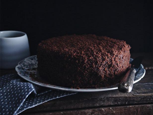 Фото Бруклинский торт «Блэкаут» с шоколадно-творожным кремом
