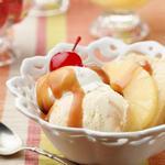 Ананасовый сандей из домашнего мороженого