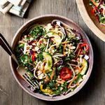 Азиатский салат со спагетти