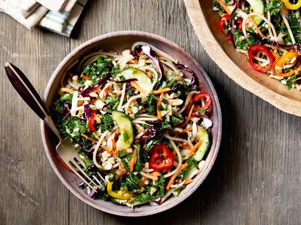Фото Азиатский салат со спагетти