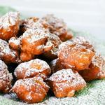 Простые пончики с яблоками «Яблочные фриттеры»
