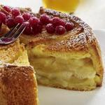 Яблочная шарлотка из хлеба