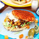 Мексиканские памбасо: сэндвичи с картофелем и чоризо