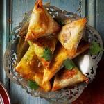 Марокканские бриуаты с мясной начинкой