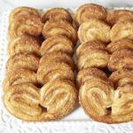 Печенье ушки из слоёного теста с сахаром