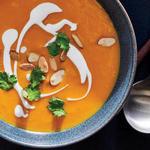 Суп-пюре из батата и арахиса