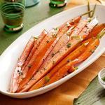 Морковь, карамелизированная коричневым сахаром