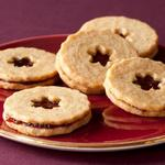 Линцское печенье с шоколадно-ореховой пастой