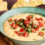 Чили кон кесо – мексиканский сырный соус