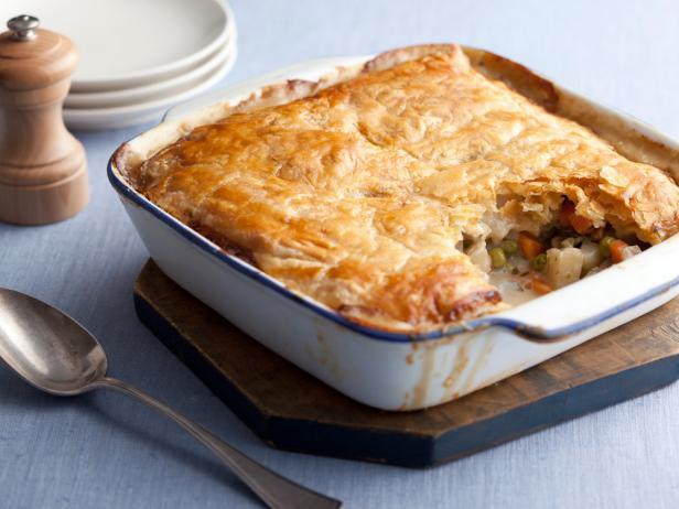 Фото Вегетарианский пирог с картофелем и горошком