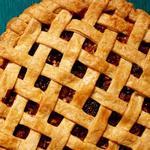 Пирог-решётка с яблоками и сушёным инжиром