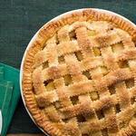 Яблочный пай – пирог из песочного теста с решёткой