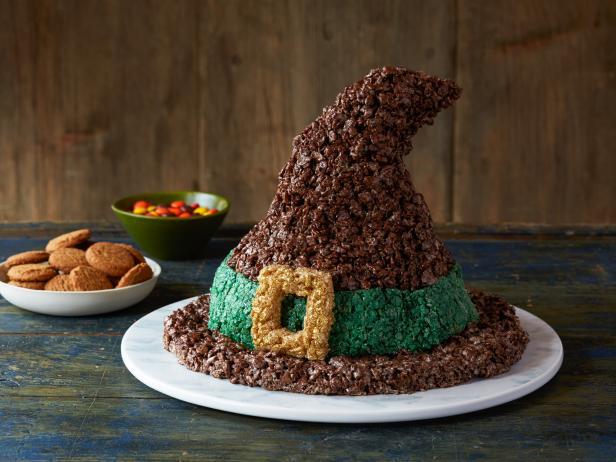 Фото Хрустящее угощение «Ведьмина шляпа»