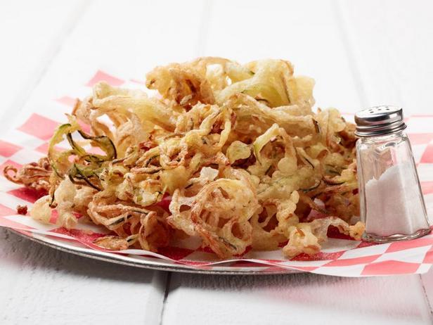 Фотография блюда - Спиральки из кабачков в пивном кляре во фритюре