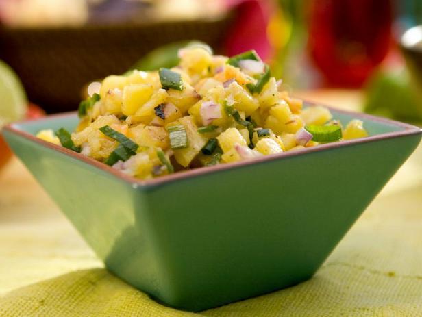 Фотография блюда - Сальса с ананасом, имбирем и хабанеро