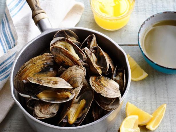 Фотография блюда - Паровые моллюски в стиле Новой Англии