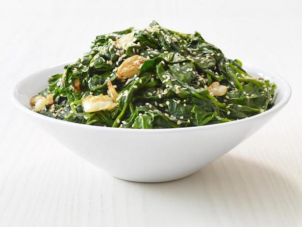 Фотография блюда - Припущенный шпинат с кунжутом