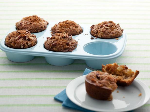 Фотография блюда - Маффины с яблоками