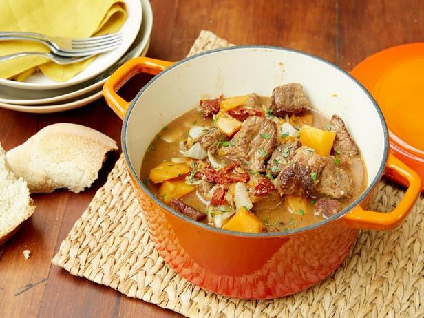 Фотография блюда - Стью из говядины и мускатной тыквы