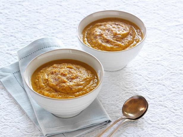 Фото блюда - Тыквенный суп пюре с имбирем
