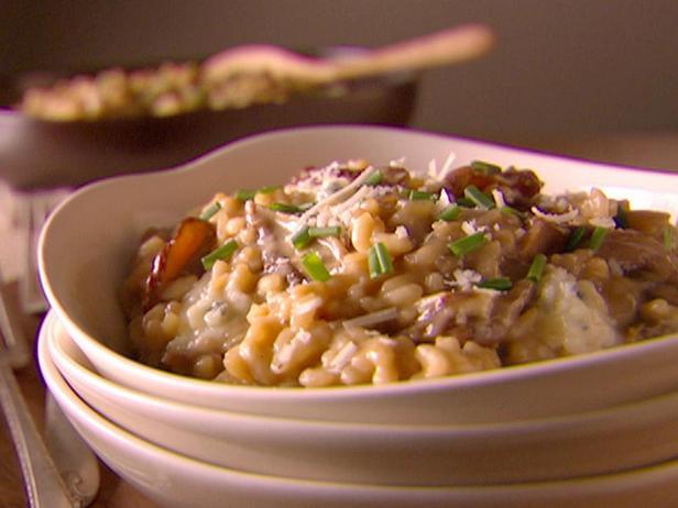 Фото блюда - Ризотто с белыми грибами и голубым сыром