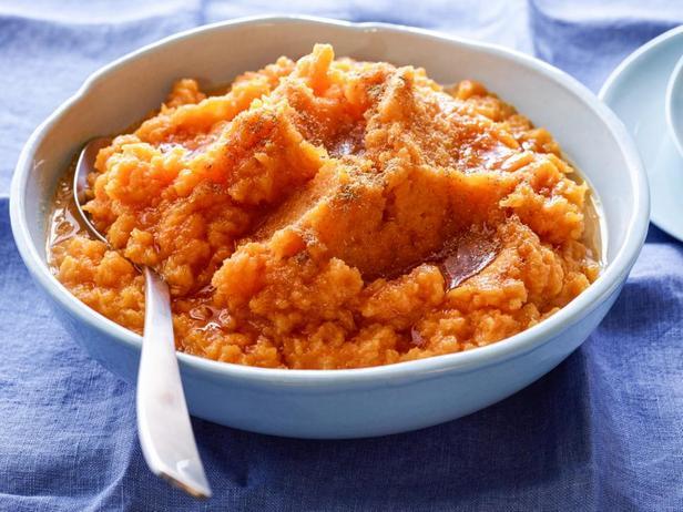 Фотография блюда - Сладкое тыквенное пюре с кориандром