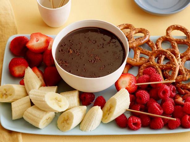 Фото блюда - Шоколадно-апельсиновое фондю