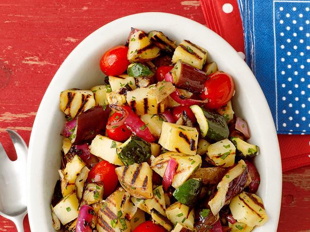 50. Картофельный салат с овощами-гриль