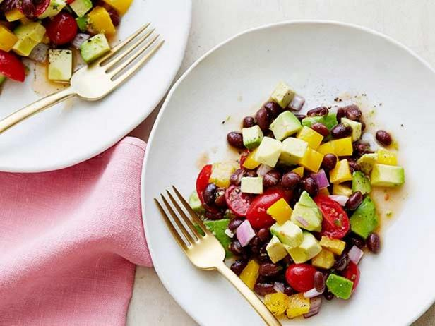 Фотография блюда - Салат с авокадо «Гуакамоле»