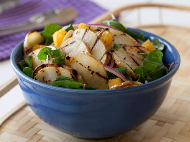 Фотография блюда - Салат из жаренного на гриле картофеля