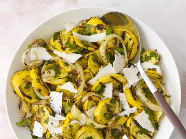 Фотография блюда - Желтые кабачки на гриле
