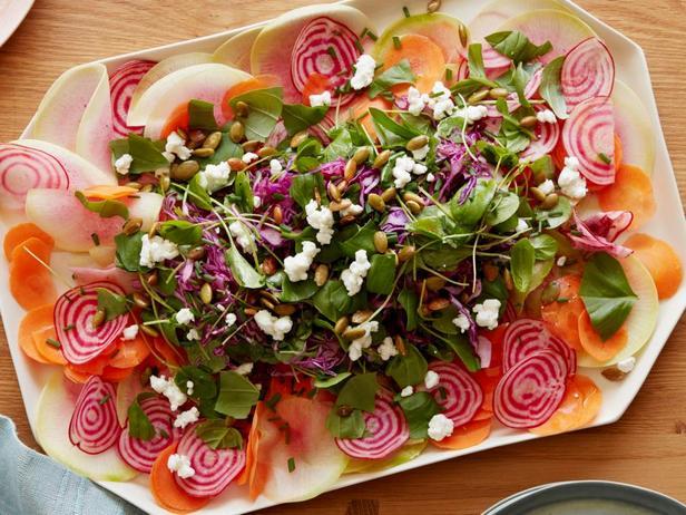 Фотография блюда - Салат из сырых овощей
