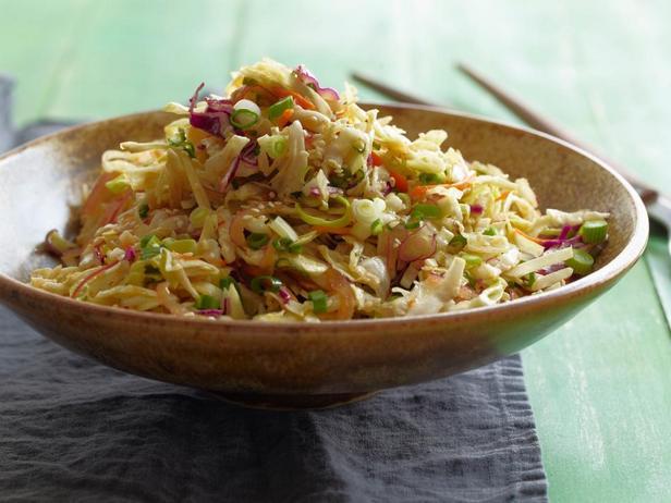 Фотография блюда - Капустный салат в азиатском стиле