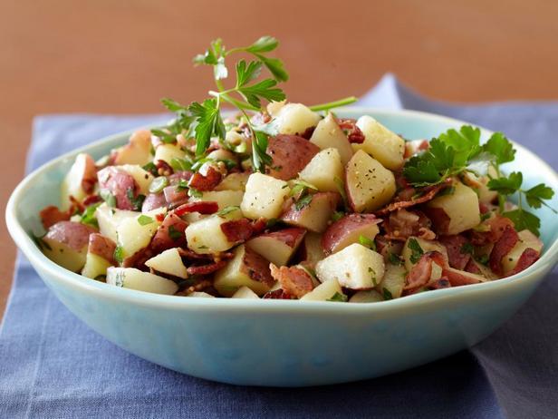 Фотография блюда - Картофельный салат по-немецки