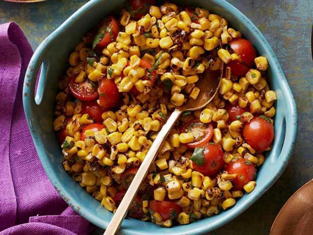 Фотография блюда - Уличный фаст-фуд: индийский кукурузный салат