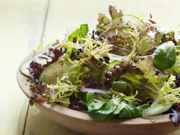 Фотография блюда - Пряный зелёный салат