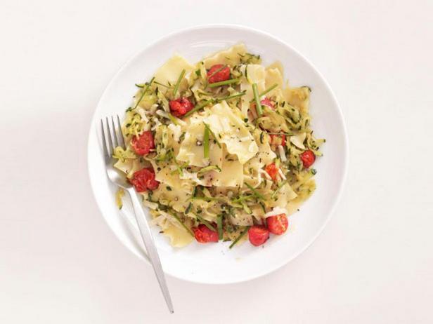 Фотография блюда - Ленивая лазанья с помидорами и цукини