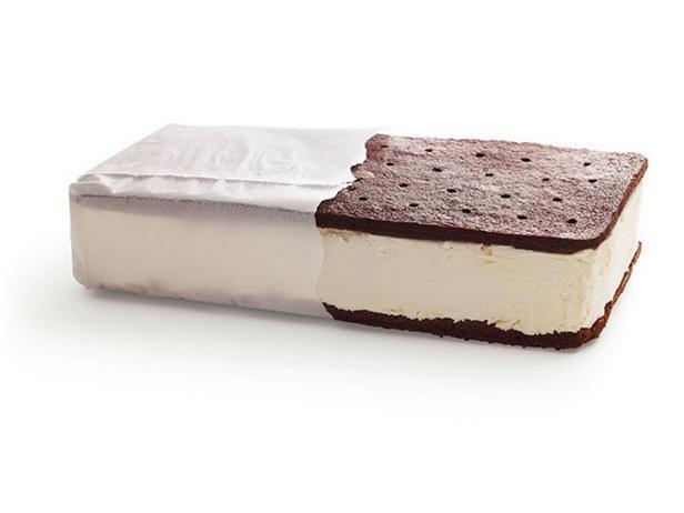 Фотография блюда - Торт-мороженое «Сэндвич-печенье»